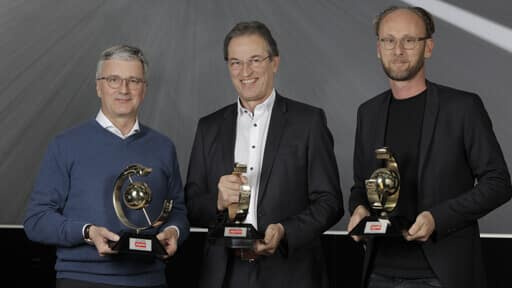 Volker-Koerdt-Editor-in-Chief-of-AUTO-ZEITUNG-(center),-Rupert-Stadler-(left)-Marc-Lichte-(right)-512x288.jpg